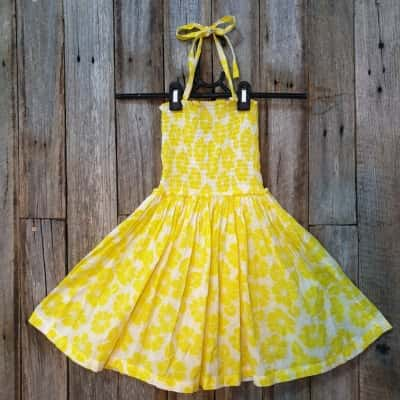 Girl's Country Road Halter Neck Style Dress Size 6 White With Yellow Flowers