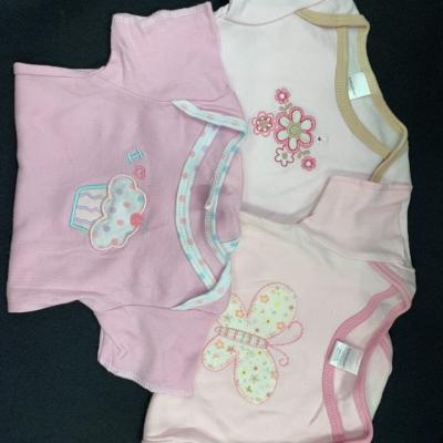 Baby onesies Kids  Size 3-9 month Onesie