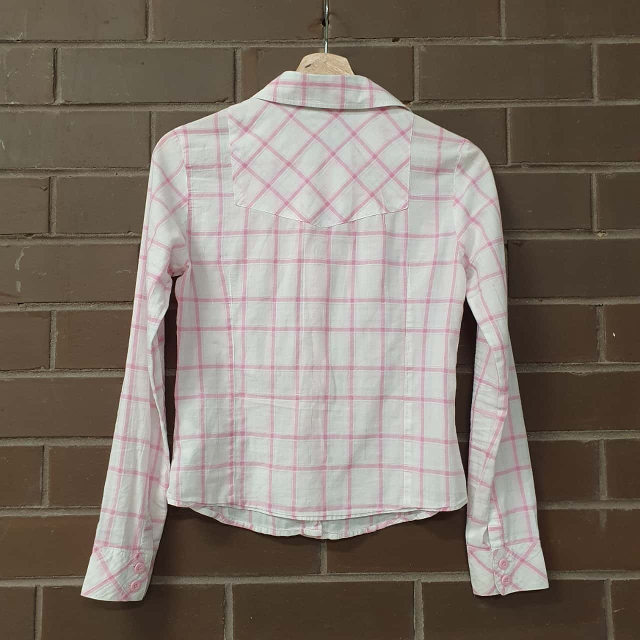 Levis Kids  Size XS Tops & T-shirts Pink /White