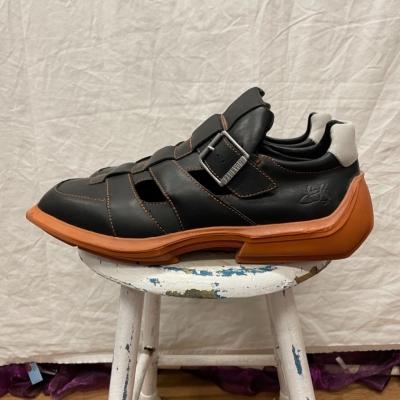 John Fluevog Mens Leather Shoes Size 11 Black /Orange