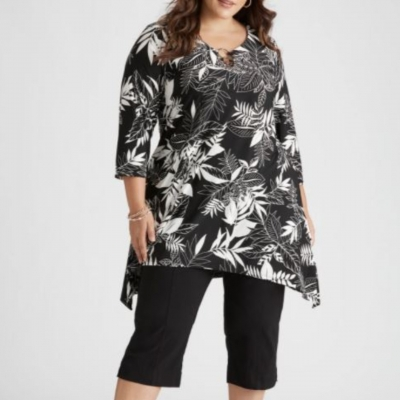 Curve Society Floral Tunic Top Size XL