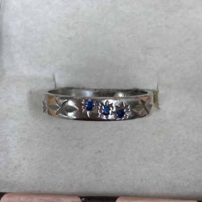 Womens sterling silver ring 3 sapphires