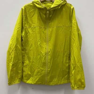 Uniqlo Kids  Size 5 Jackets Green/Yellow