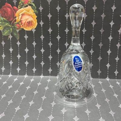 VINTAGE ROYAL DOULTON CRYSTAL BELL BEAUTIFUL CHIME 130 cm
