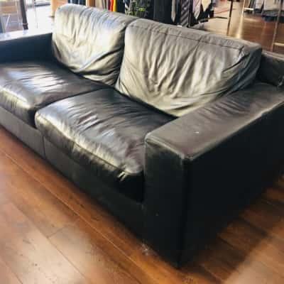 Italian black bovine leather lounge