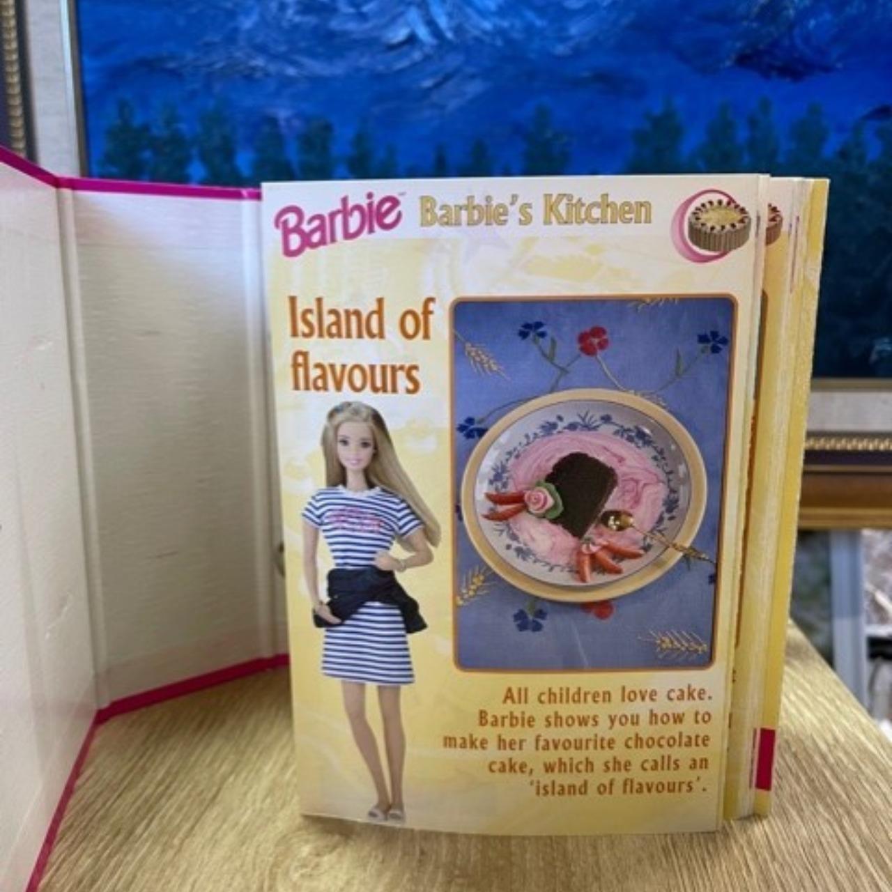 Barbie Fact Files - Barbie's Kitchen