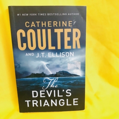 THE DEVIL'S TRIANGLE BY CATHERINE COULTER - BOOK