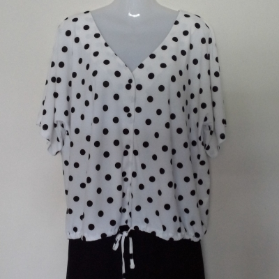 BNWT JEANS WEST Polka Dot Top Size XL Short Sleeve Black /White  RRP $49.99