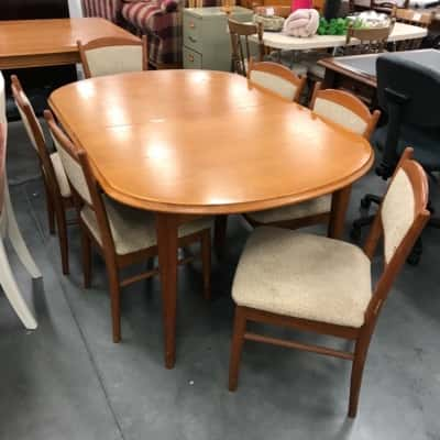 Parker Extendable Dining Table Set with 6 Chairs 70's Vintage Retro