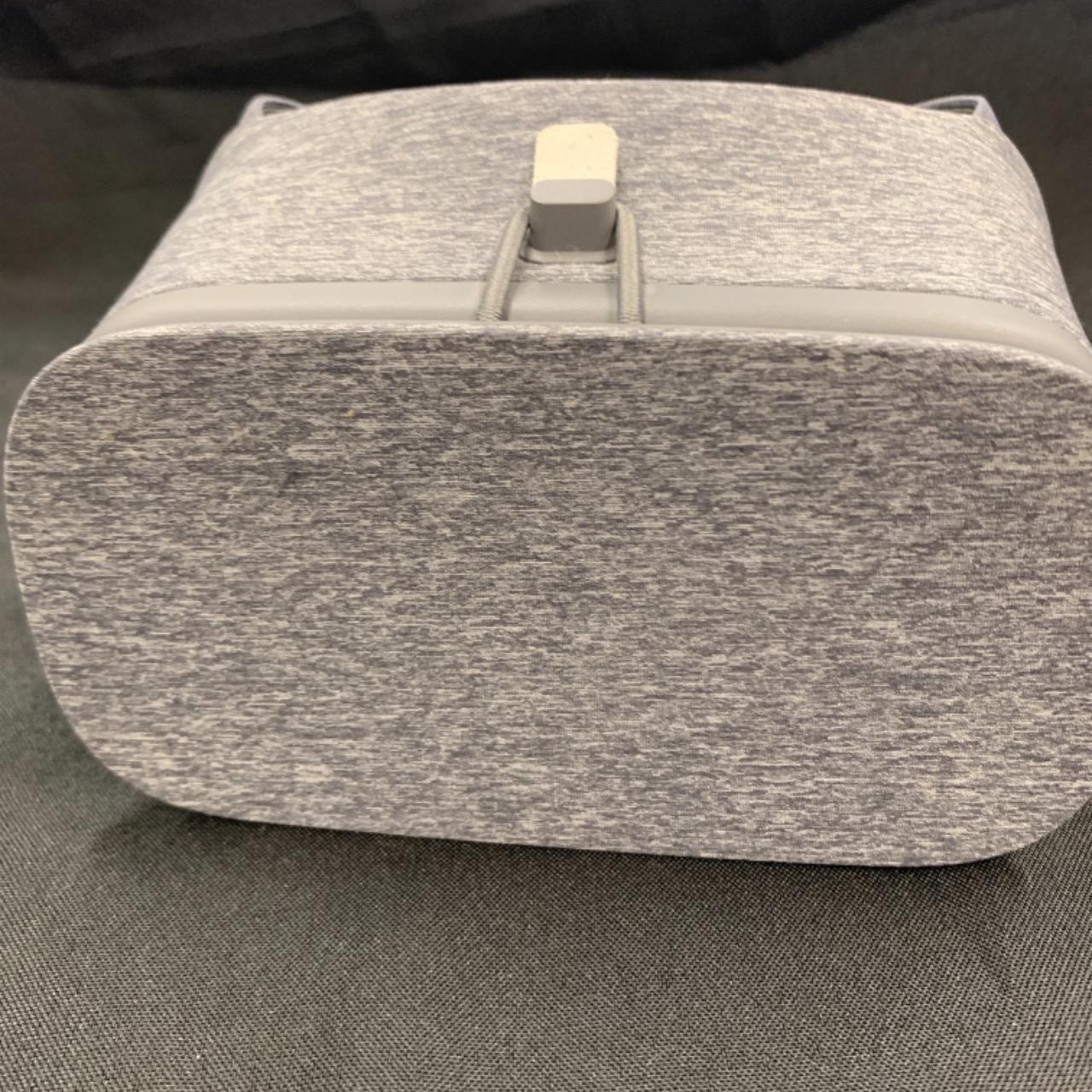 Google Day Dream VR headset