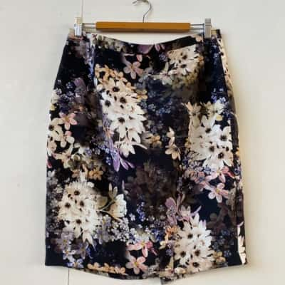 Tokito Womens  Size 14 Pencil Floral business formal skirt