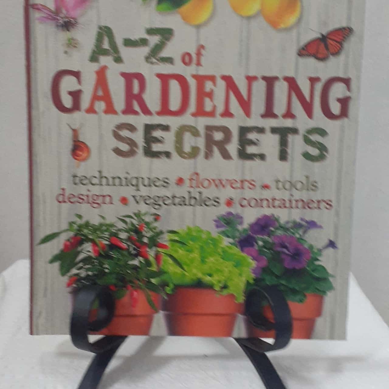 *REDUCED* A to Z Garden Secrets by Readers Digest