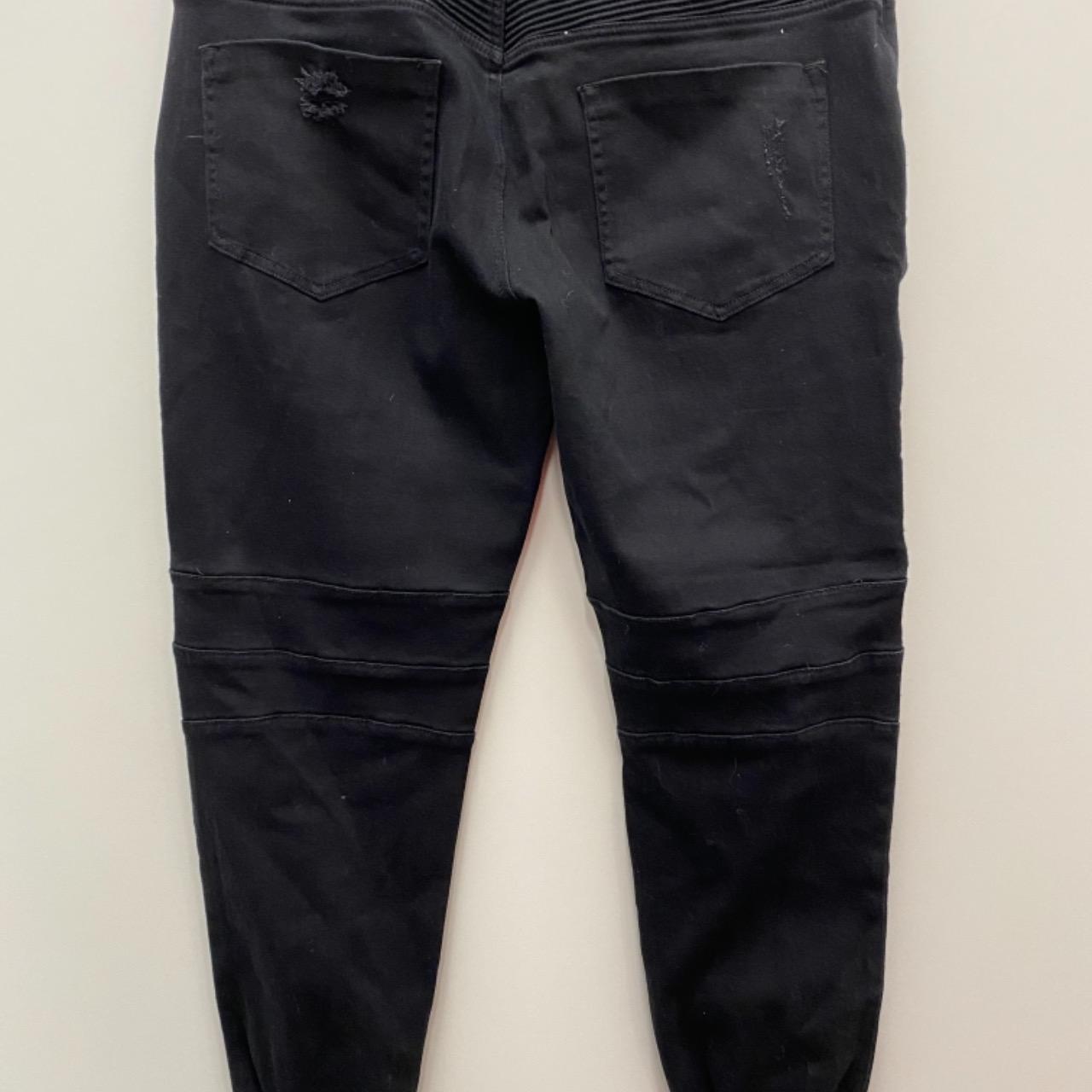 BNWT  Mens  HENLEYS Size 38 Straight Jeans Black RRP $109.95