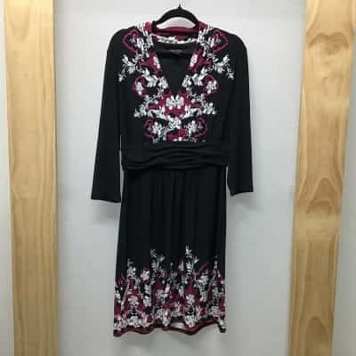 WhiteHouseBlackMarket, Floral print dress, Size M