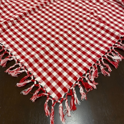 VINTAGE GINGHAM TABLECLOTH WITH TASSELS Red & White Square 146 cm x 146 cm