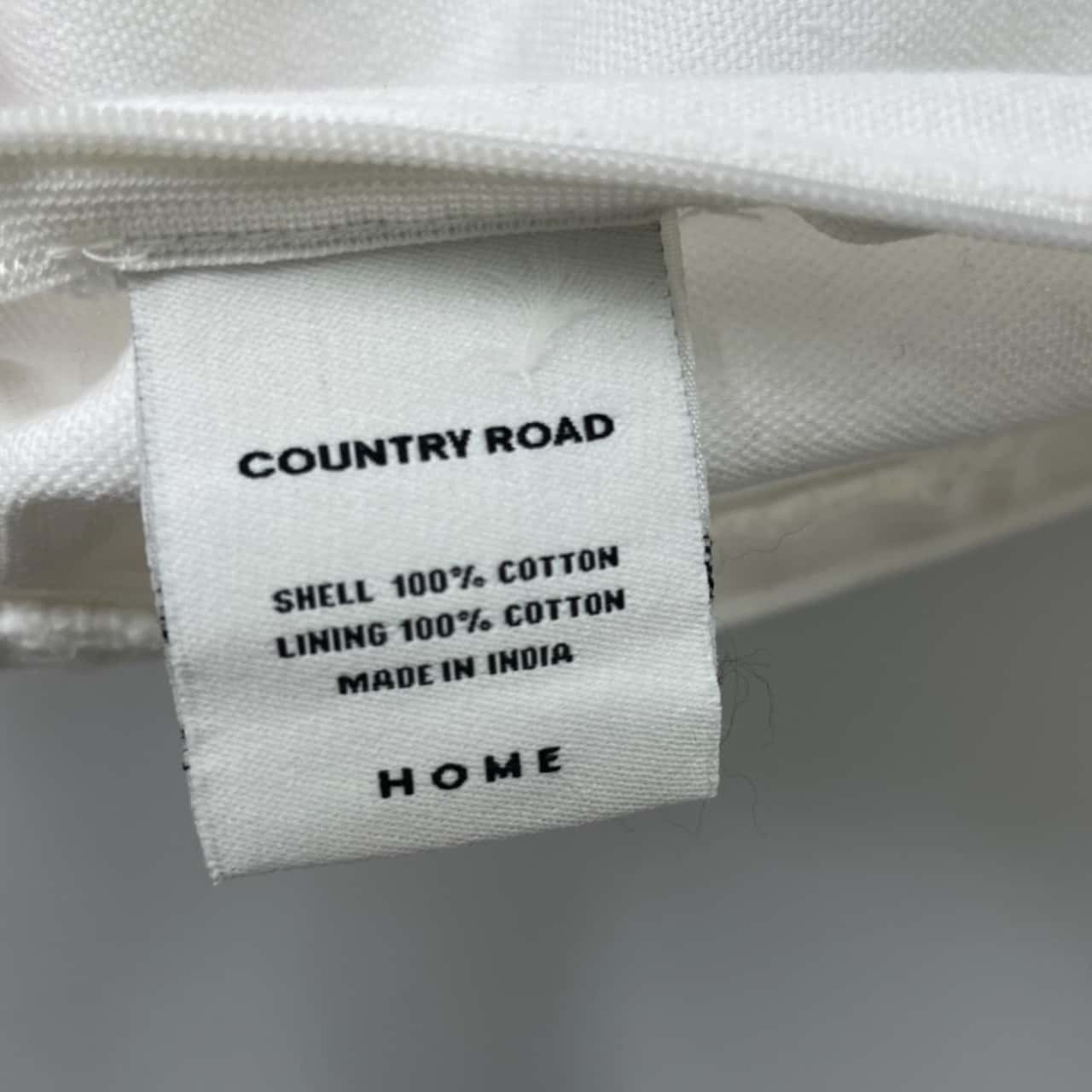 COUNTRY ROAD Cushion Cover White