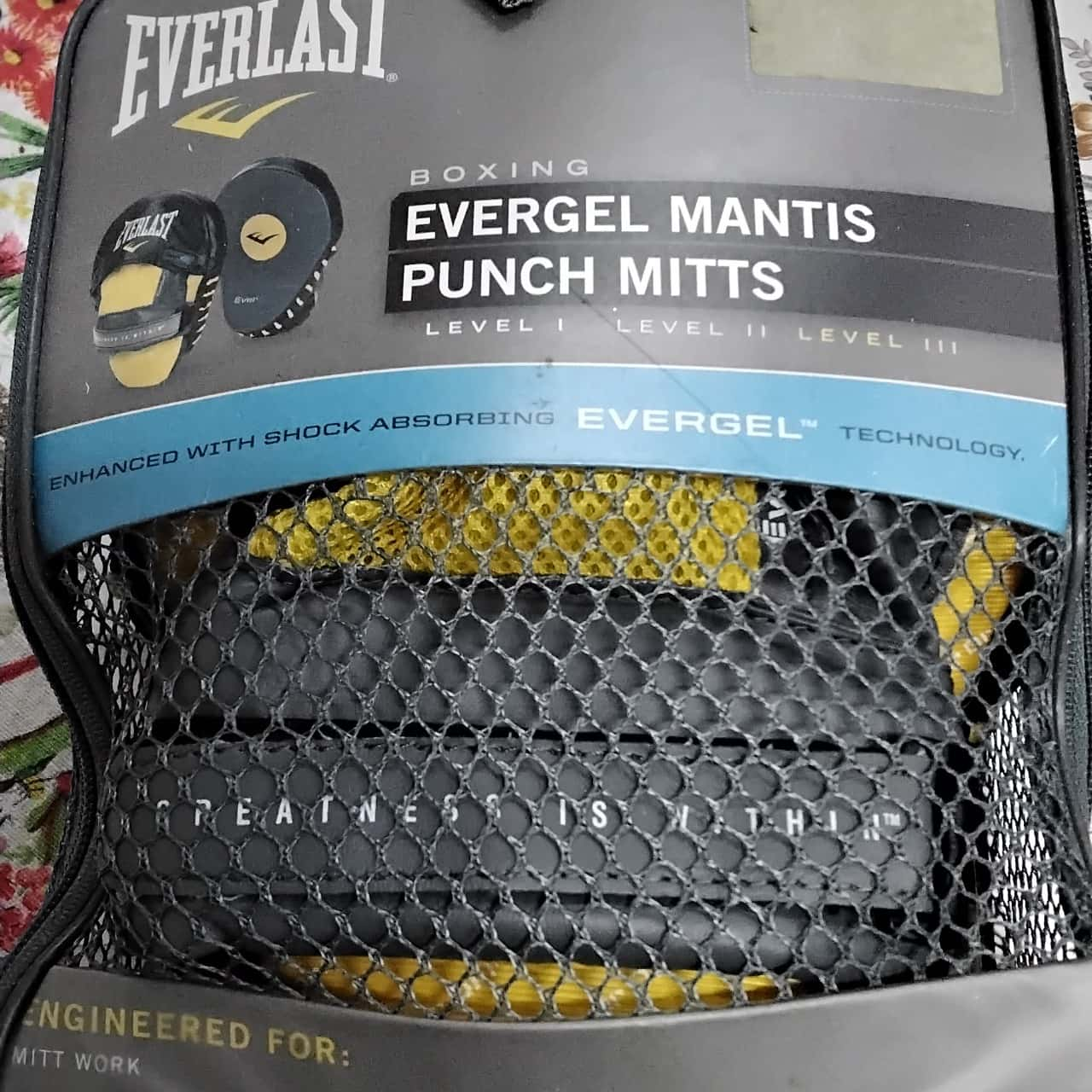 Everlast Evangel Mantis Punch Mitts
