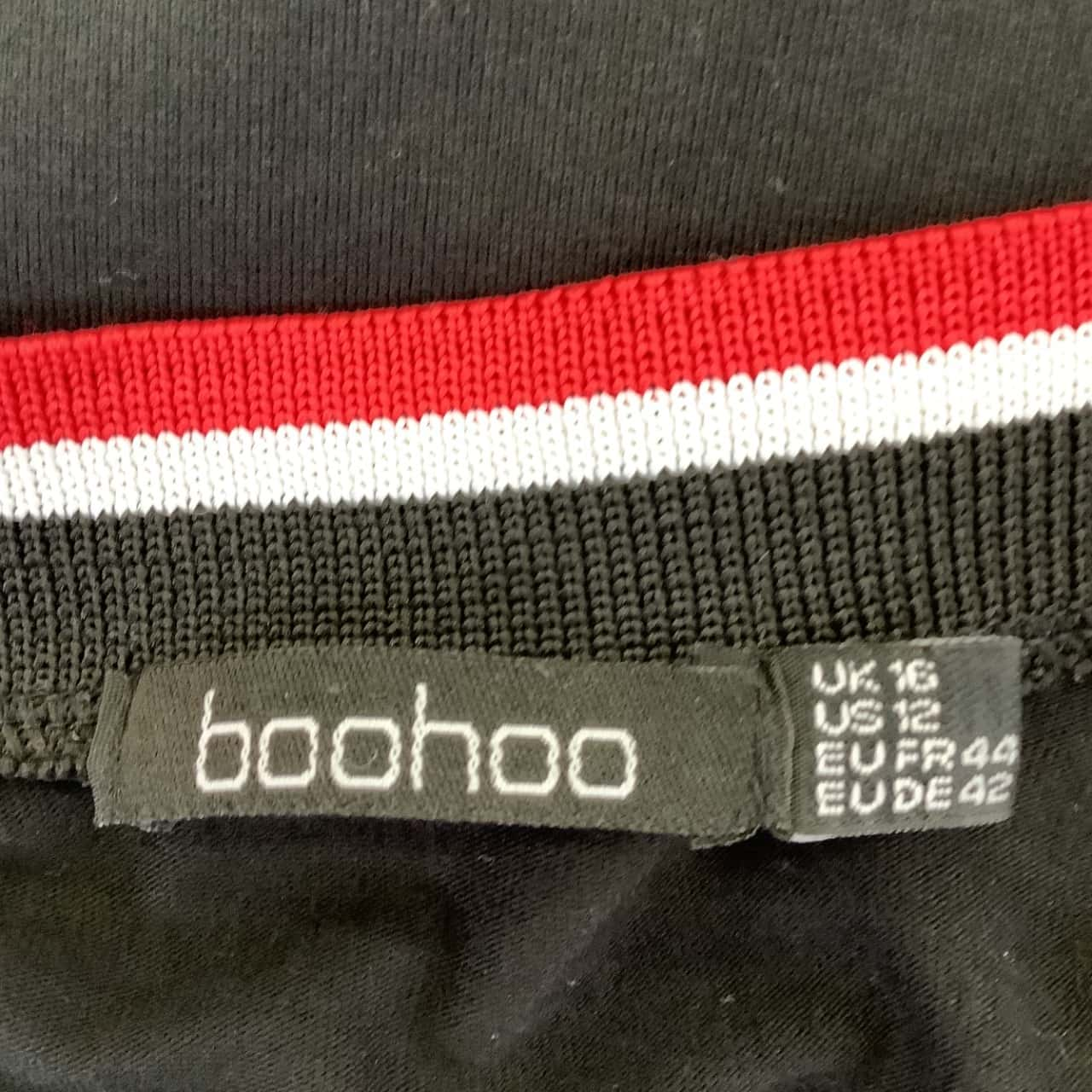 Boohoo Womens  Size 16 T-Shirt Black V Neck