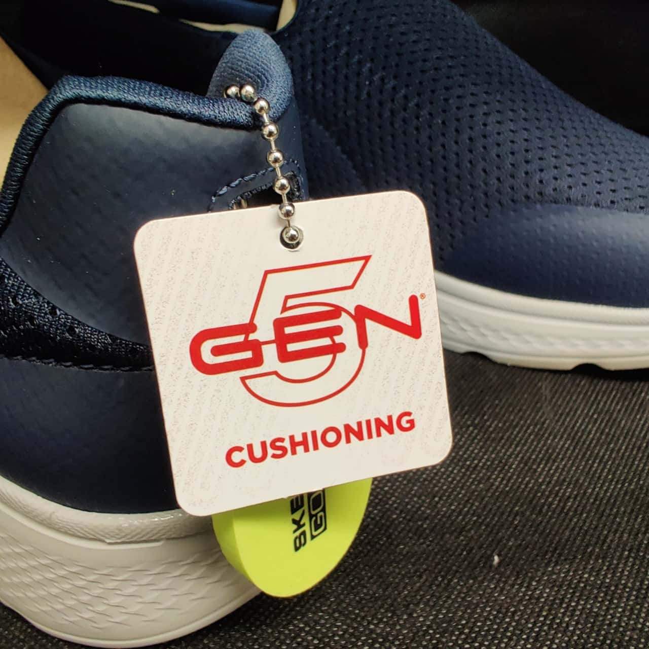 Mens Skechers GoWalk 4 Performance Shoes