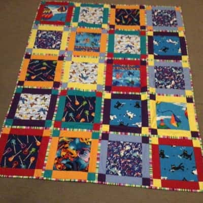 HOME MADE COLOURFUL QUILT BRIGHT COLOURS 118 cm x 150 cm
