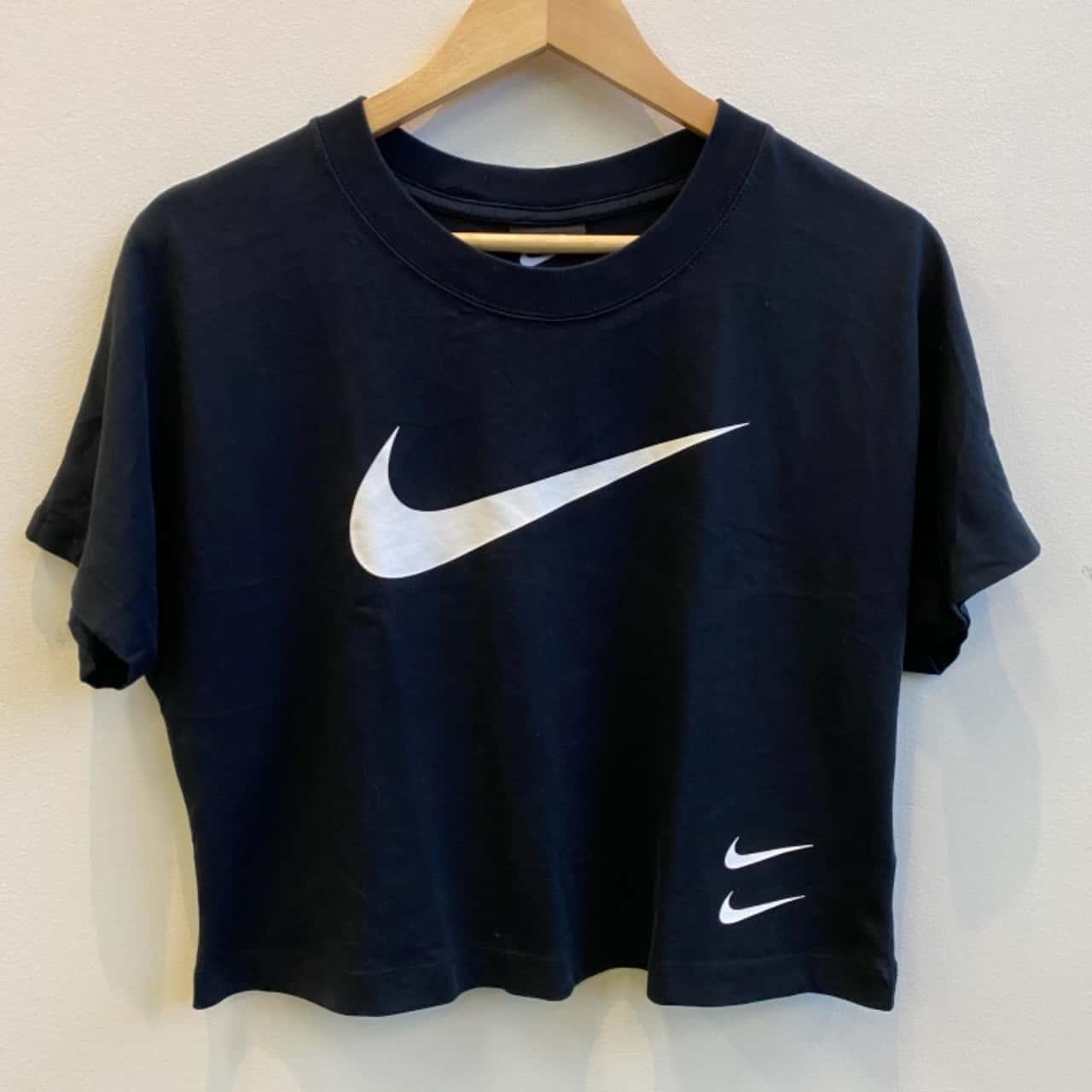 Nike Womens Large Logo Black Crop Tee Size M
