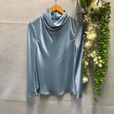 Reduced!! Country Road Womens Top With Crawl High Neck Size XXS Long Sleeve  Blue