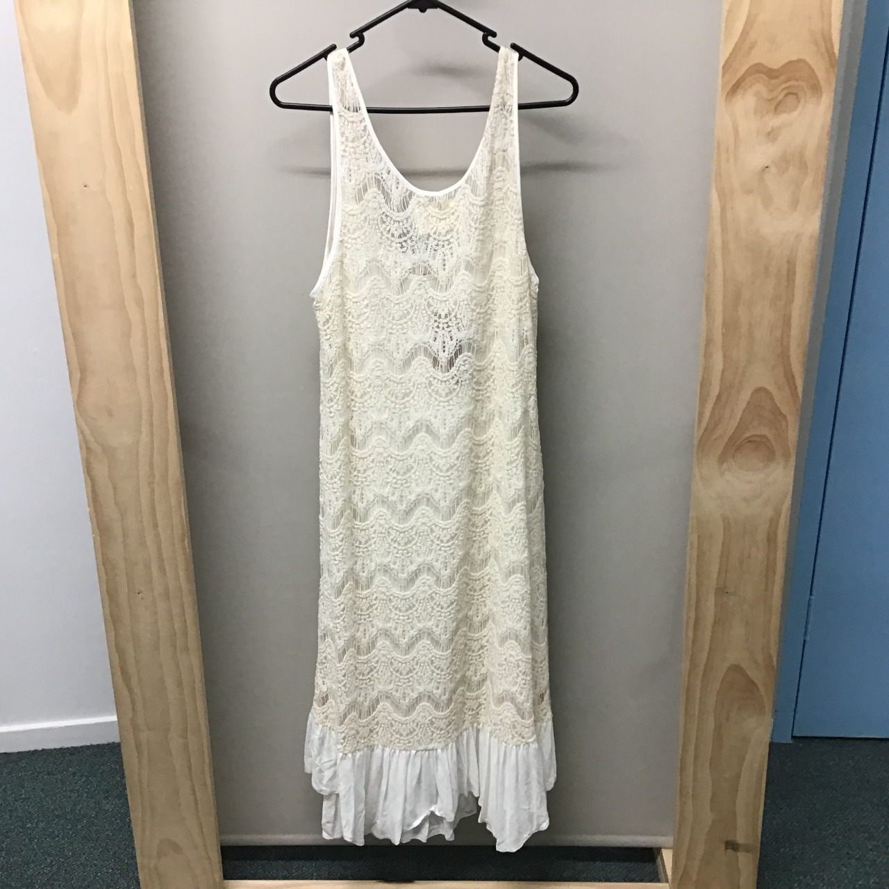 LaLaLuxe, Lace maxi dress, Size M, NWT, RRP $189