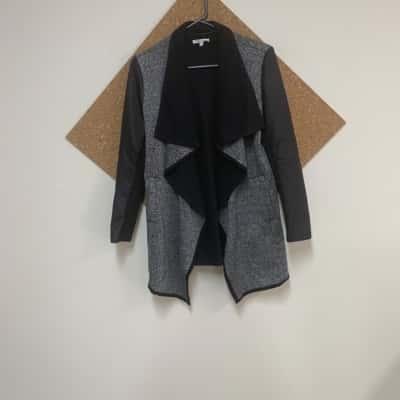 Valleygirl Womens  Size 12 Open Jacket Black /Grey