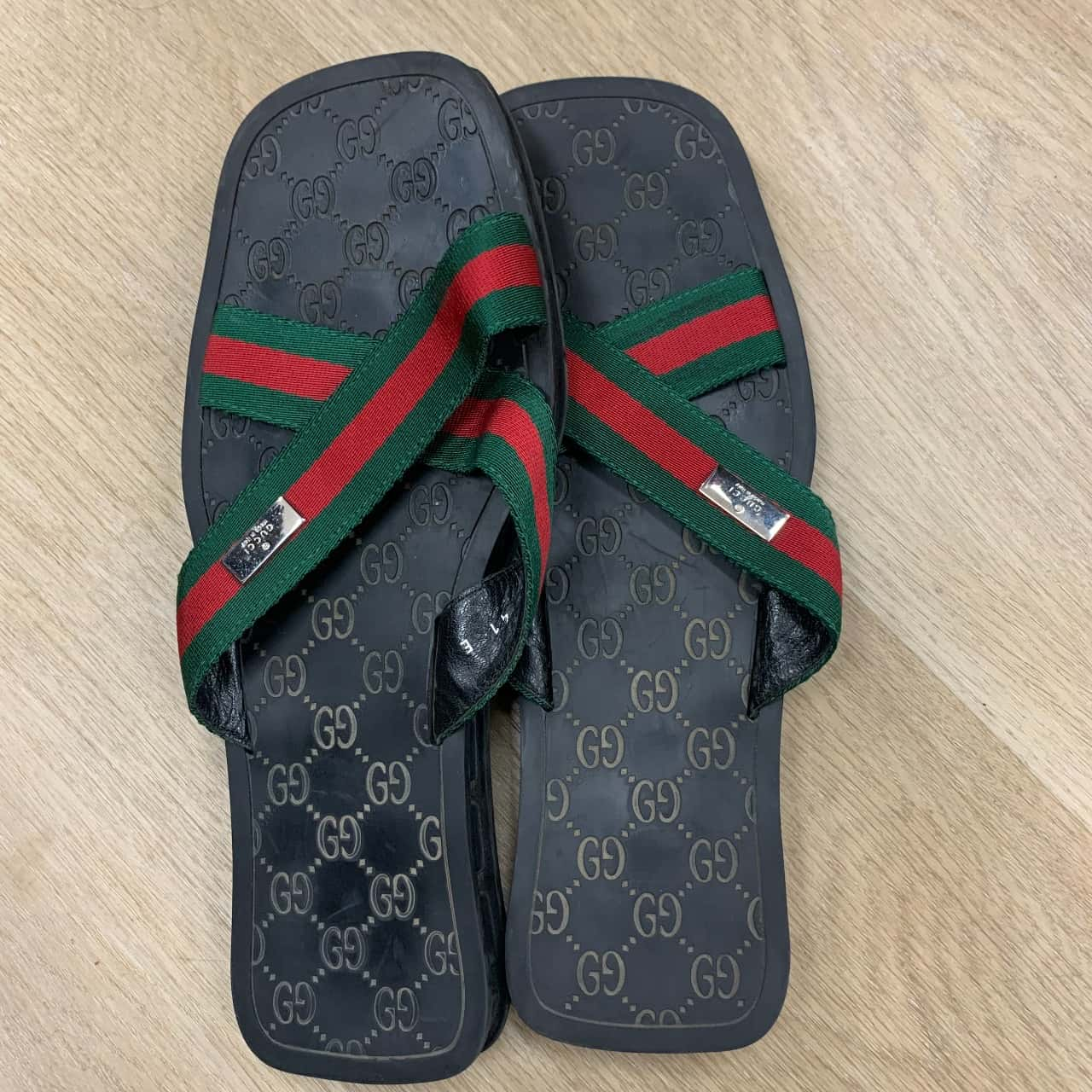 Gucci Men's Web-Stripe Strap Sandals Size 41 Black