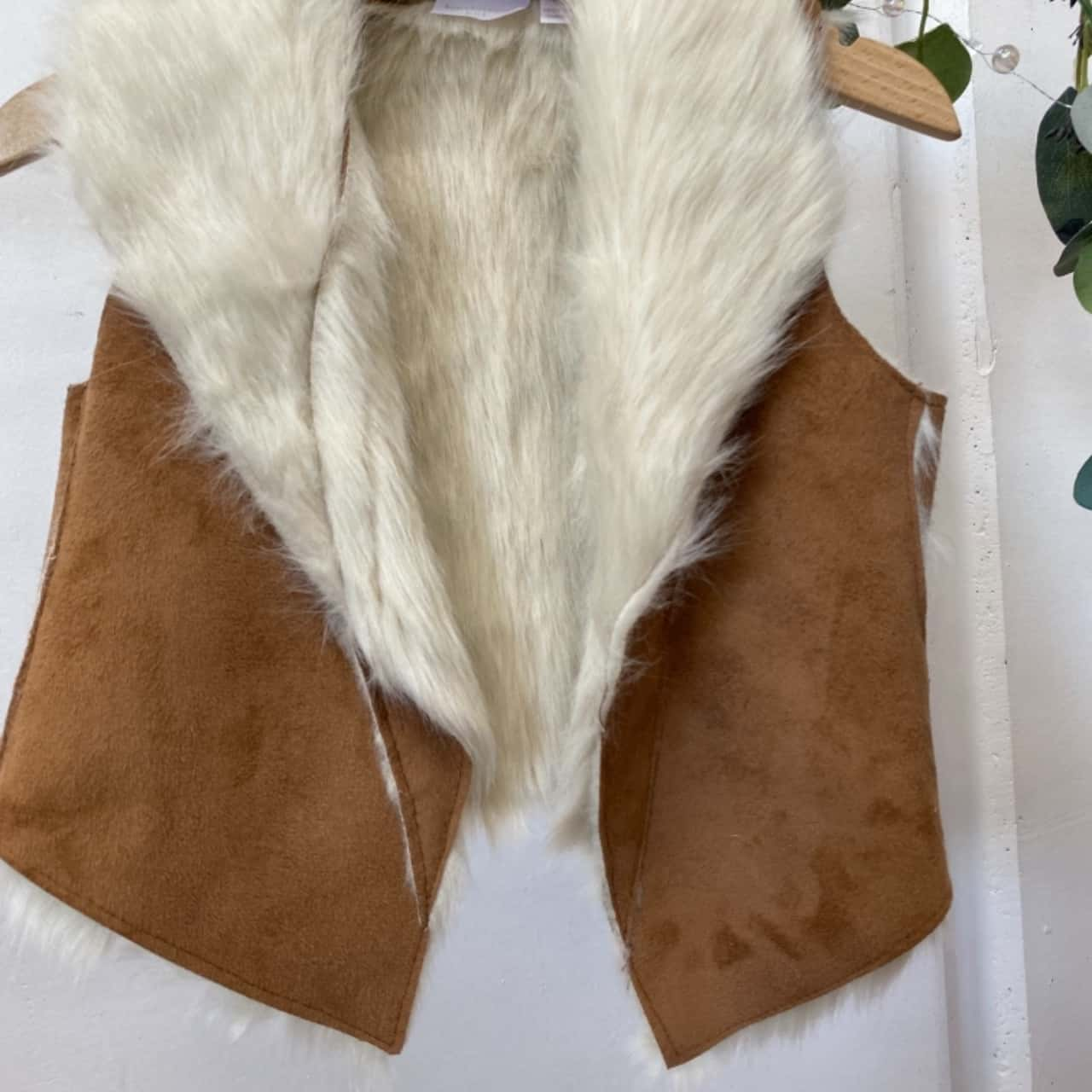 Kardashian Kids Vest Size 0 Faux Fur & Suede