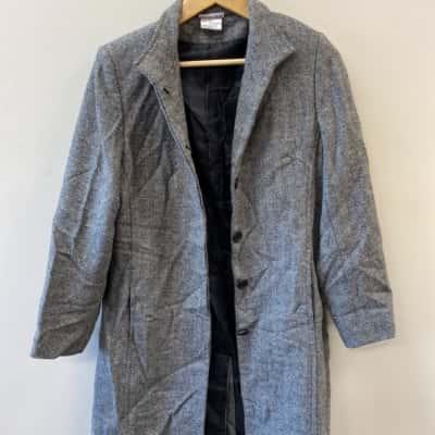 Suzannnegrae Women's 8 Long Grey Wool Blend Coat