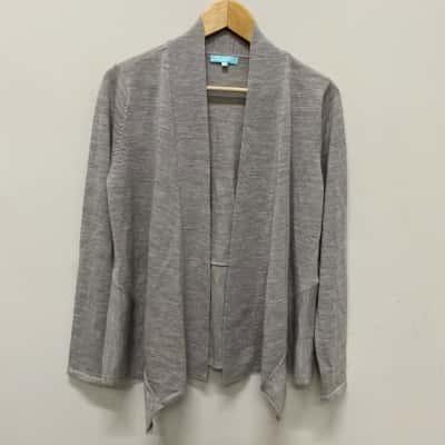 Blue Illusion Womens  Size M Cardigans Grey