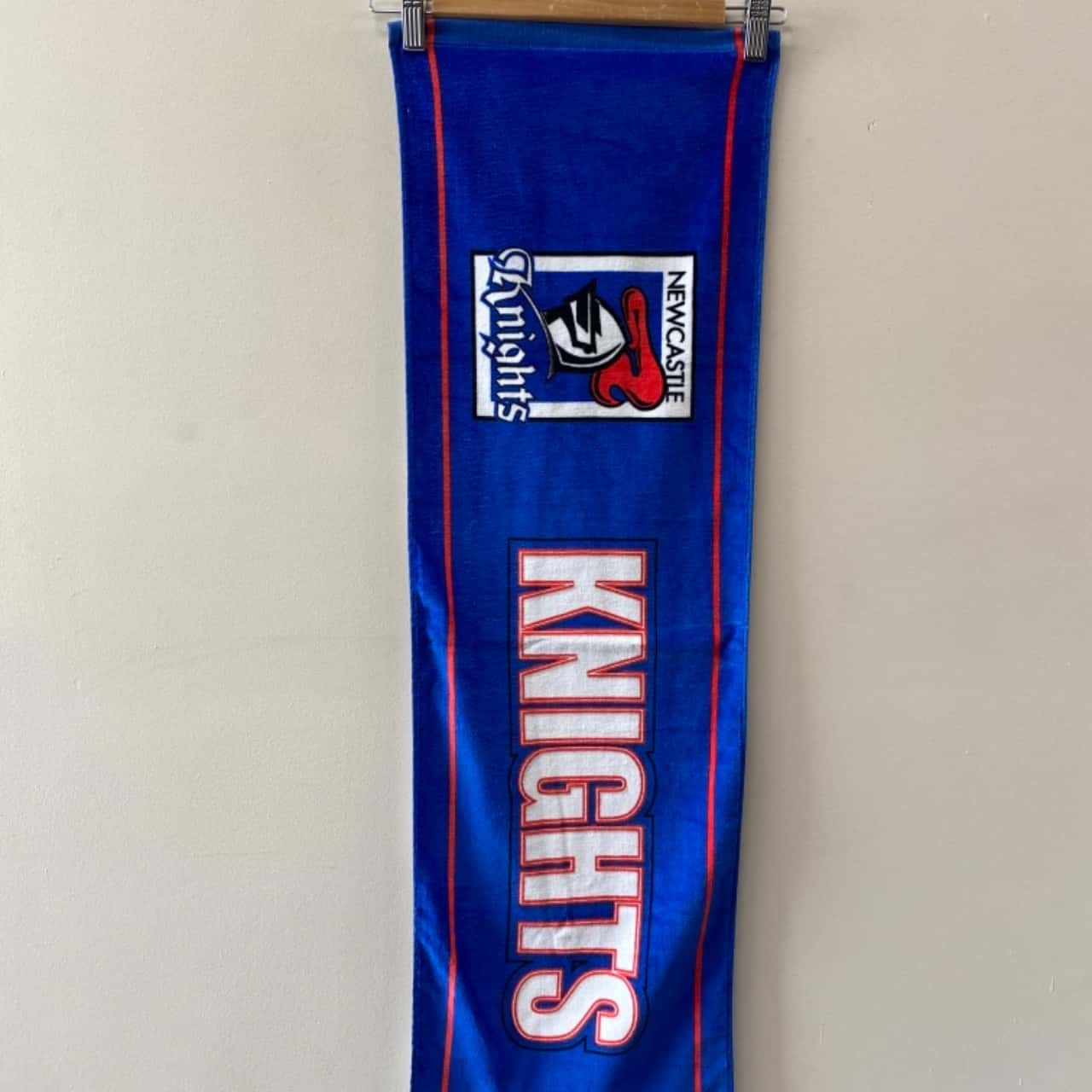 NRL Newcastle Knights Runner