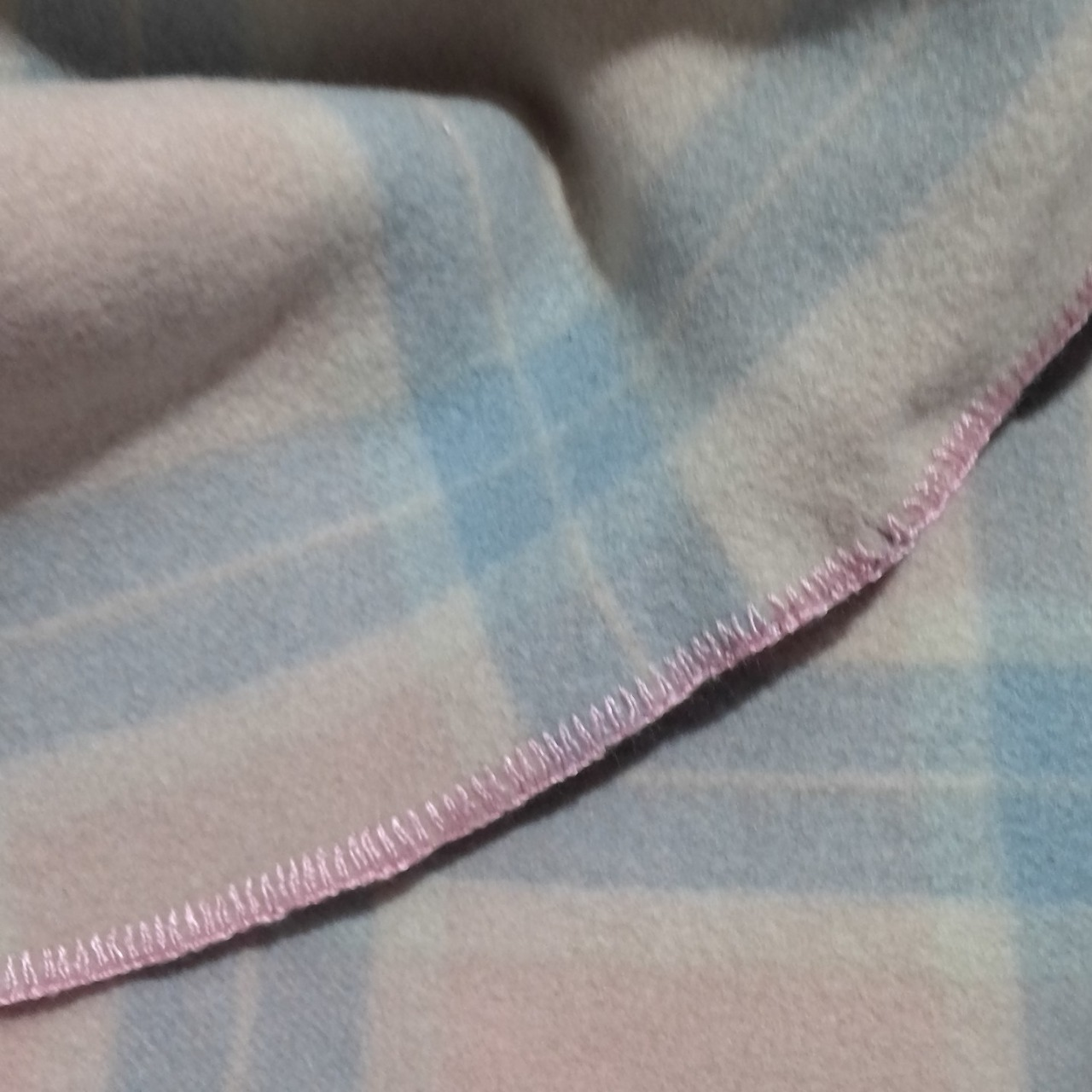 VINTAGE HI CRAFT WOOL BLANKET Pink, Cream  & Blue 145 cm x 180 cm