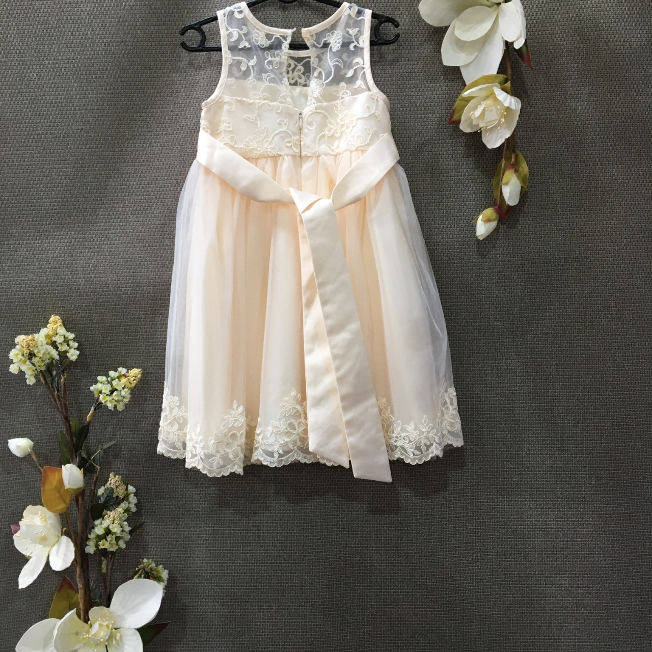 Ollies Place, Toddlers Formal Dress, Size 2, Cream
