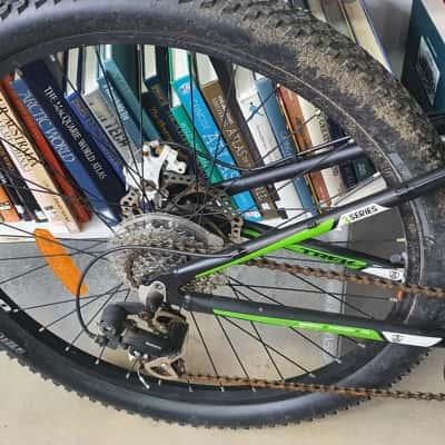 Trek 3500 Series 3 Mountain Bike** Pick up Only**
