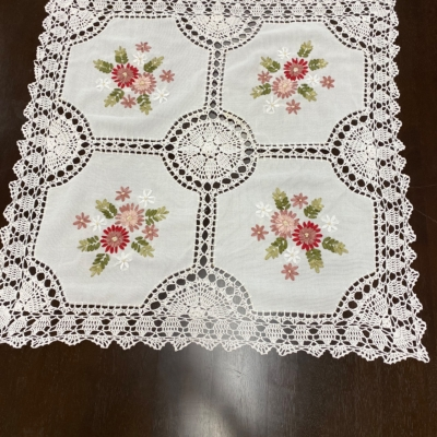 Pretty crotchet edged tablecloth with ribbon embroidery Square 85 cm x 85 cm
