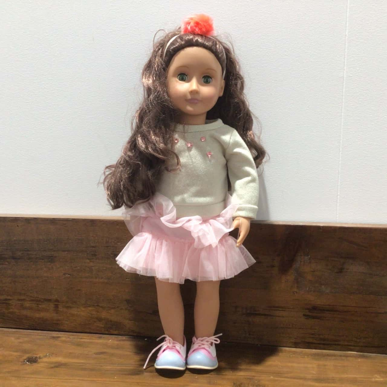 OUR GENERATION DOLL 46 cm VG COND