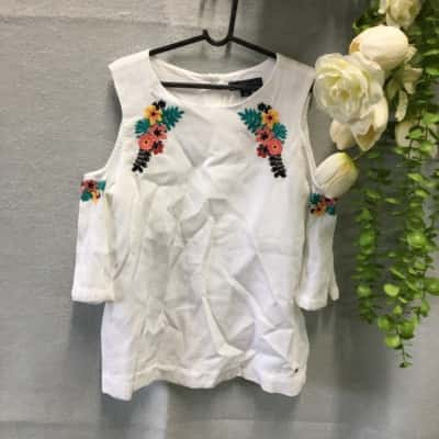 Tommy Hilfiger Kids Top With Embroidery Size M (8-10) White
