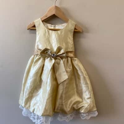 Miss Treasure Girl's Sleeveless Dress Size 2 Cream