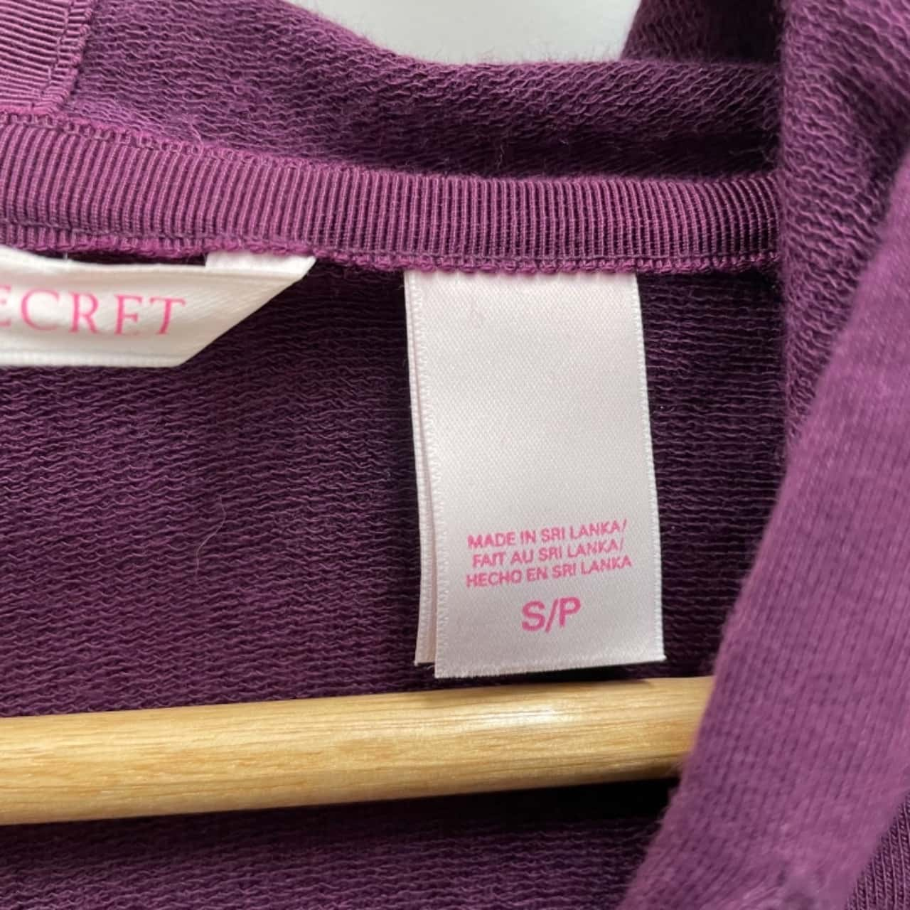 VICTORIA'S SECRET Womens Size S Zip-Uo Hoodie Purple