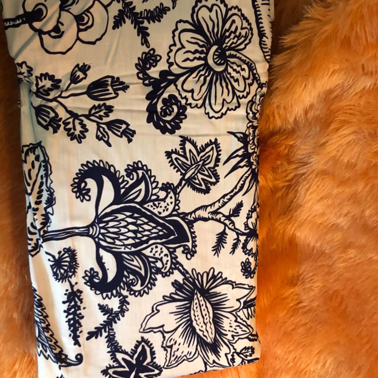 Lorraine Lea Parker Quilt Cover, King, White Navy Blue