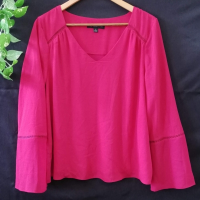 Forever New Top Size L Long Sleeve  Crimson