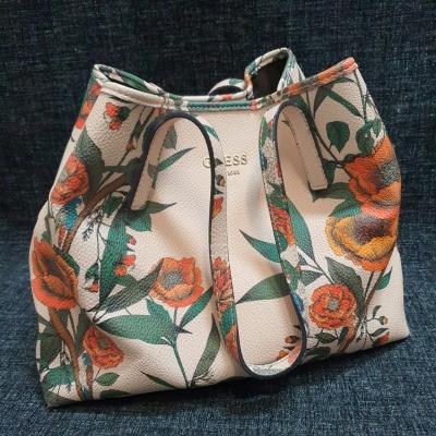 GUESS Womens Floral Handbag