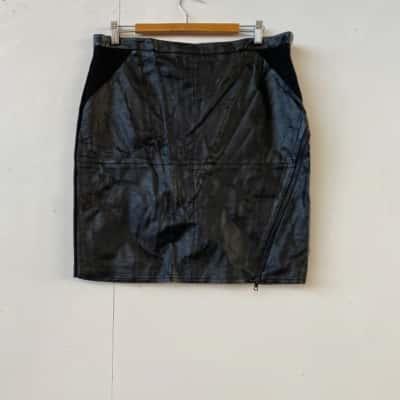 Womens  Size 14 Mini Black skirt