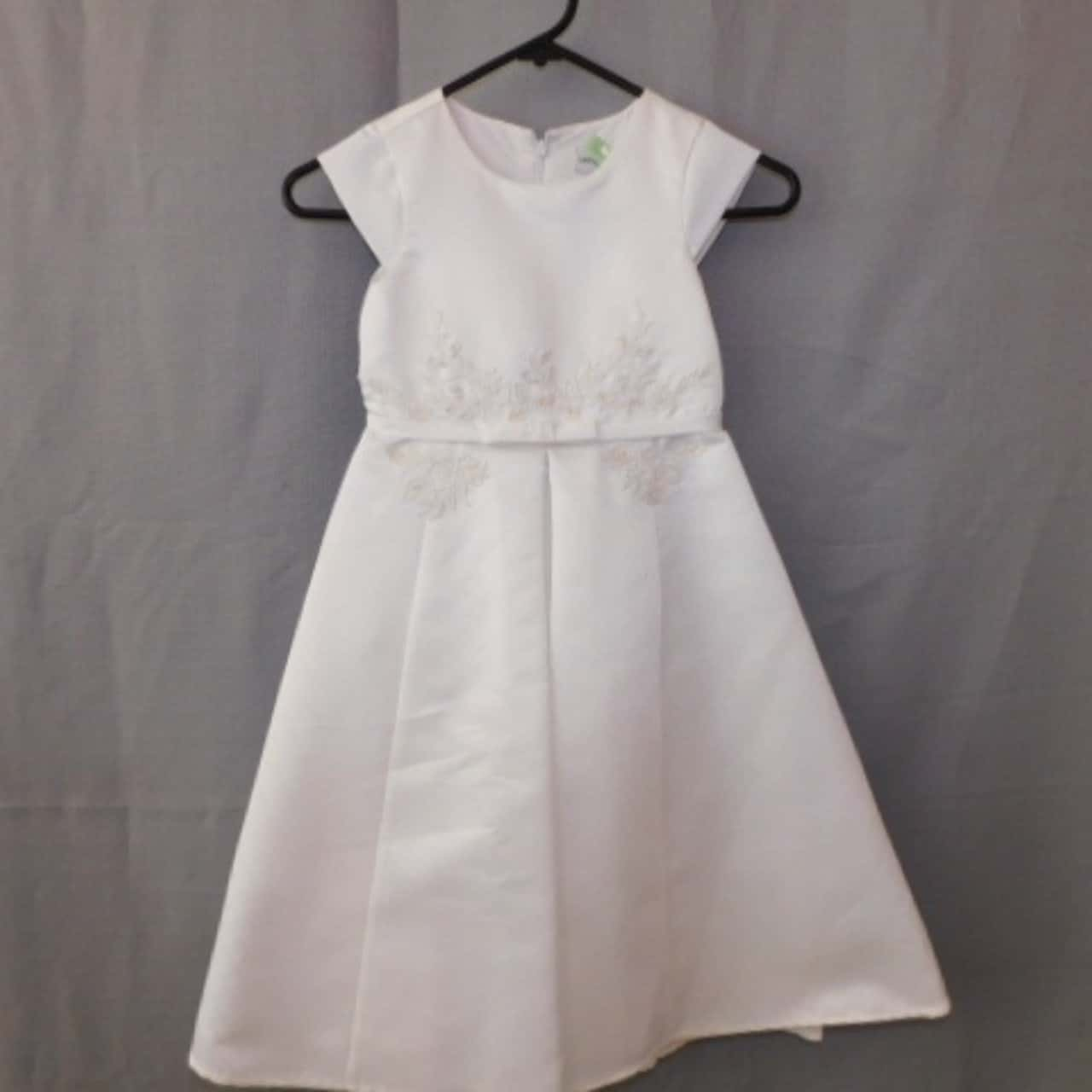 Ladybird Girls White Formal Gown Size 4