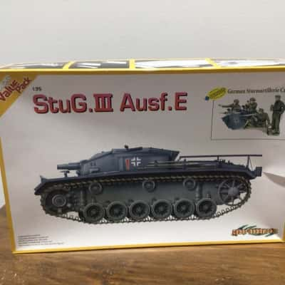 PLASTIC MODEL KIT DRAGON TANK StuG.III Ausf.E unopened RRP $80.00