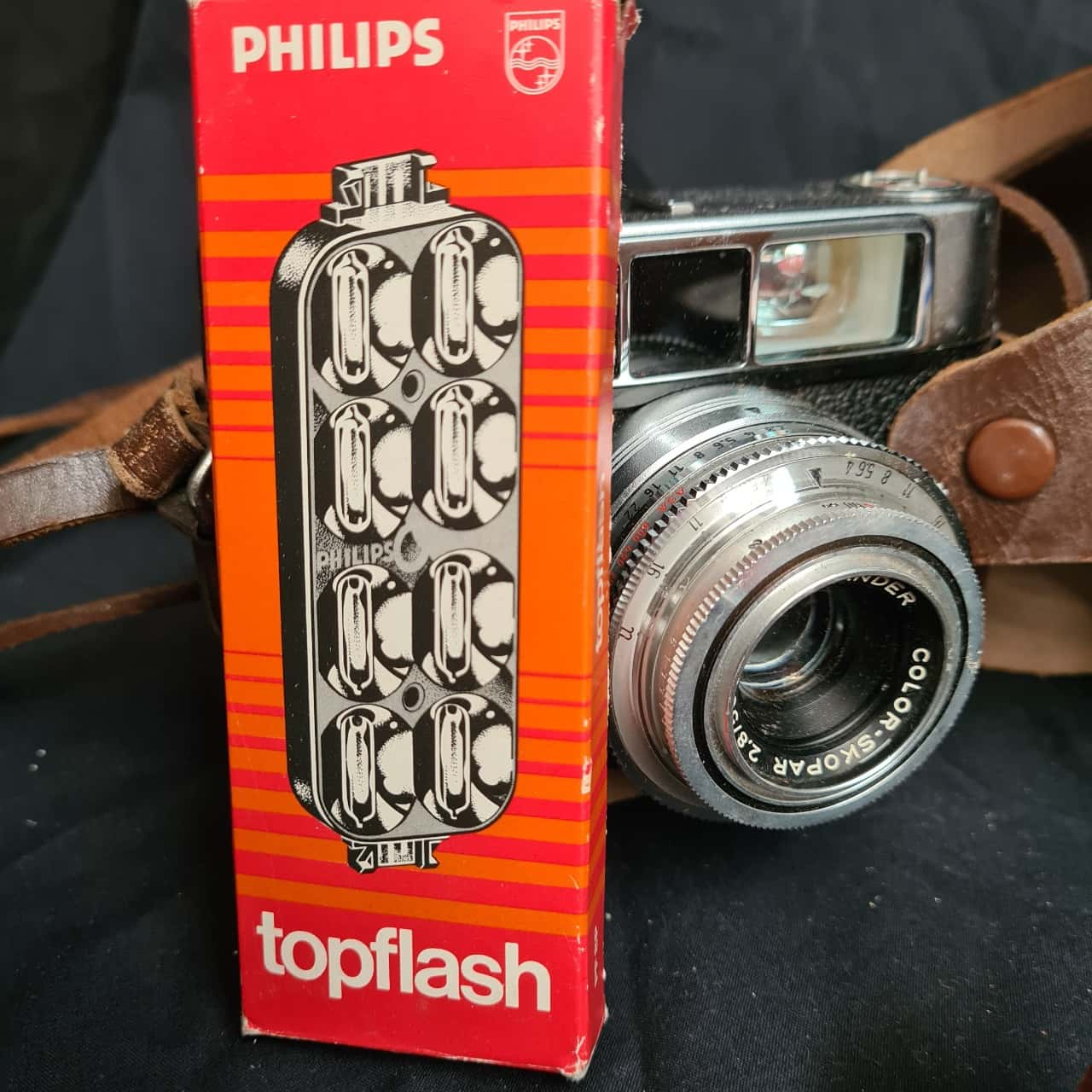 Vintage  camera + accessories
