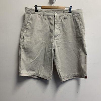 Quiksilver Men's Shorts Size 34 White/Grey