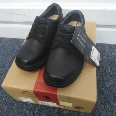 Kids Black Leather Lace Up Shoes Size 11 New With Tags Leather Upper PU Sole